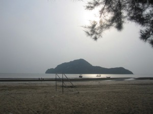 Dolphin Bay, looking out at Monkey Island
