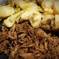 New recipes: Balsamic Pulled Pork and Apple-Cinnamon Cabbage